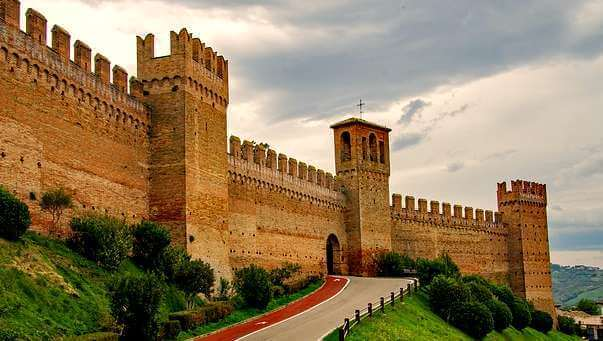 places to visit le marche gradara-castle