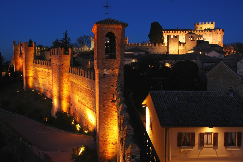gradara castle night