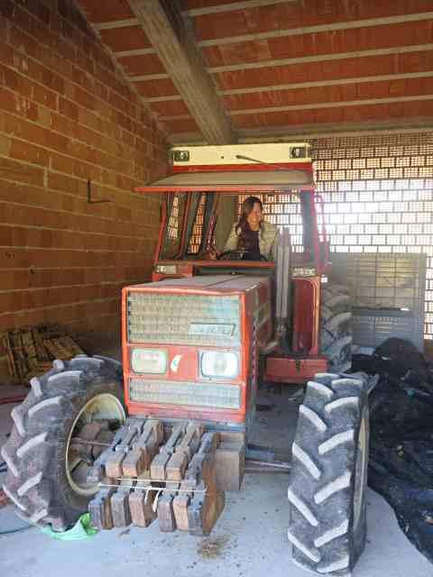 serrapetrona tractor