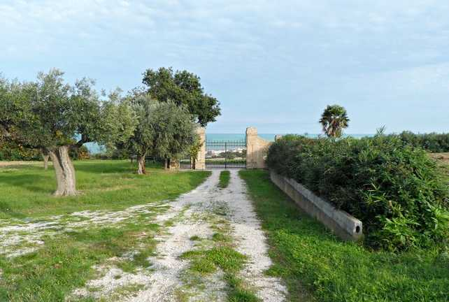 Farmhouse Civitanova Marche Italy 3