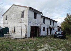 house for sale corinaldo marche italy