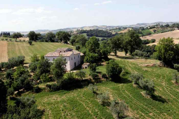 house castelleone 0