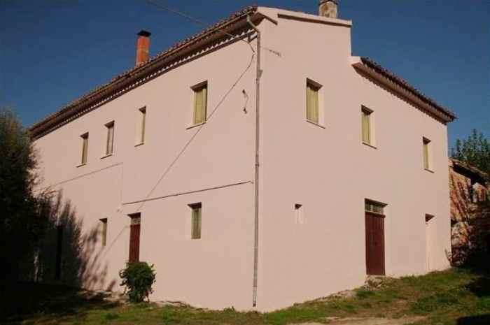 house castelleone 2