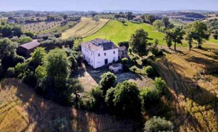 house castelleone