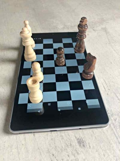 chess board tablet